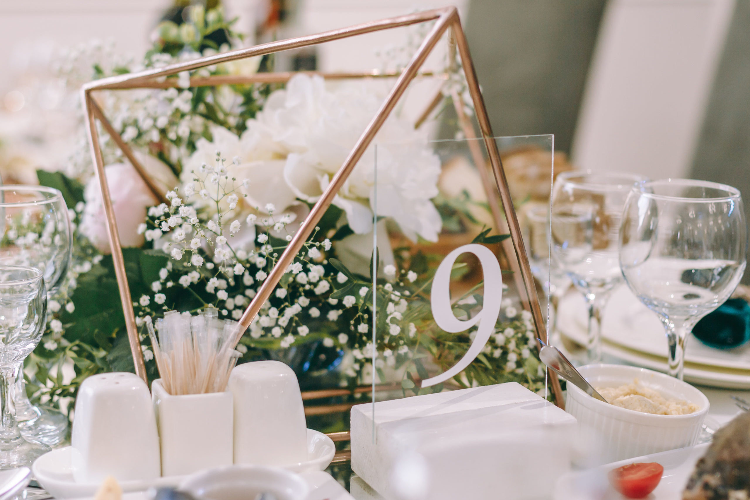 prestataires-table-salle-mariage-04-domaine-cassan