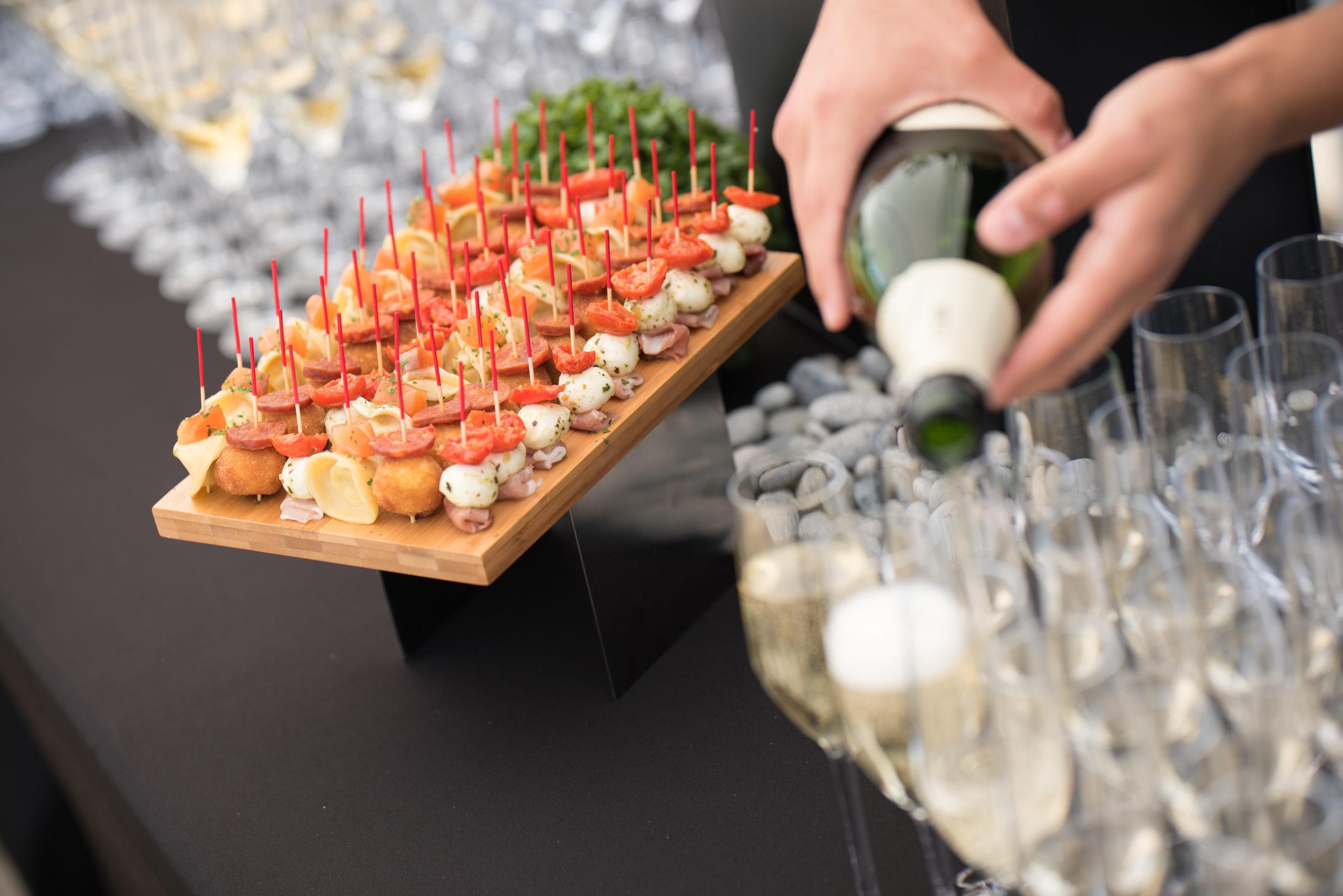 Traiteur-vin-d'honneur-cocktail-aperitif-mariage-salle-reception-domaine-cassan-04